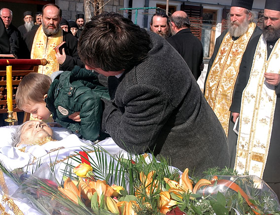 Опијело новопрестављеној слушкињи Божјој Милени Станишић